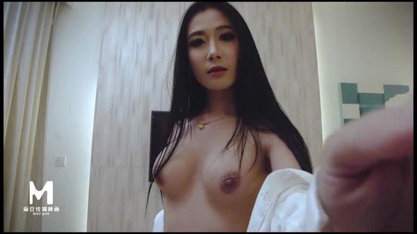 不扣白衬衫幼乳欠舔,希儿成熟作品 麻豆女神微爱影片